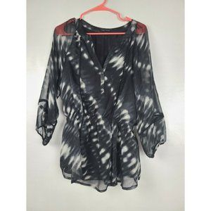 Larry Levine Top Size M Black White Sheer Sleeve
